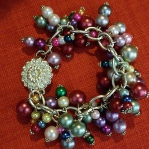 Jewelry - Beaded bracelet with magnetic clasp